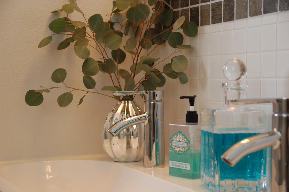 A clean bathroom has the biggest impact on how I start the day. From Scandimericanlife.com.