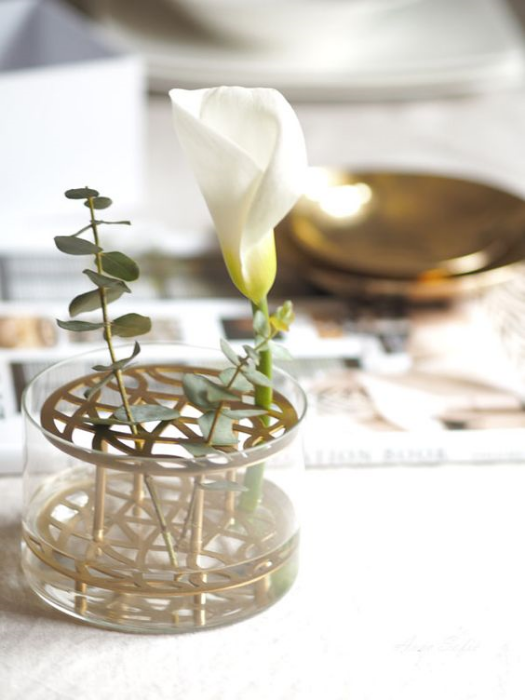 The best vases for spring flowers at Scandimericanlife.com