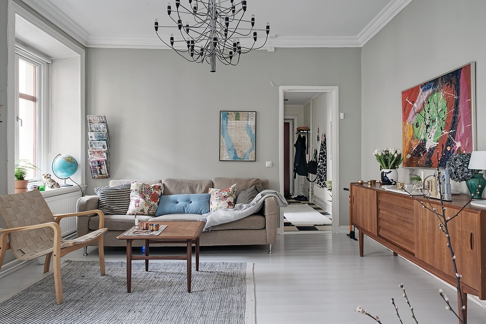 Calm and elegant Scandinavian home in blues and greys.