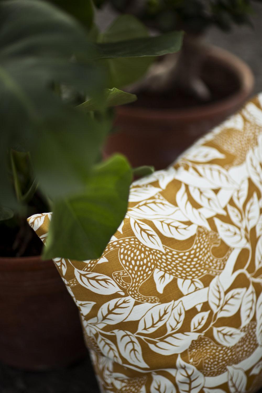 Screen printed pattern Panthera from Frösö Handtryck.