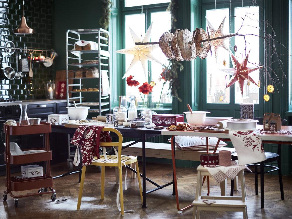 Christmas kitchen according to IKEA.