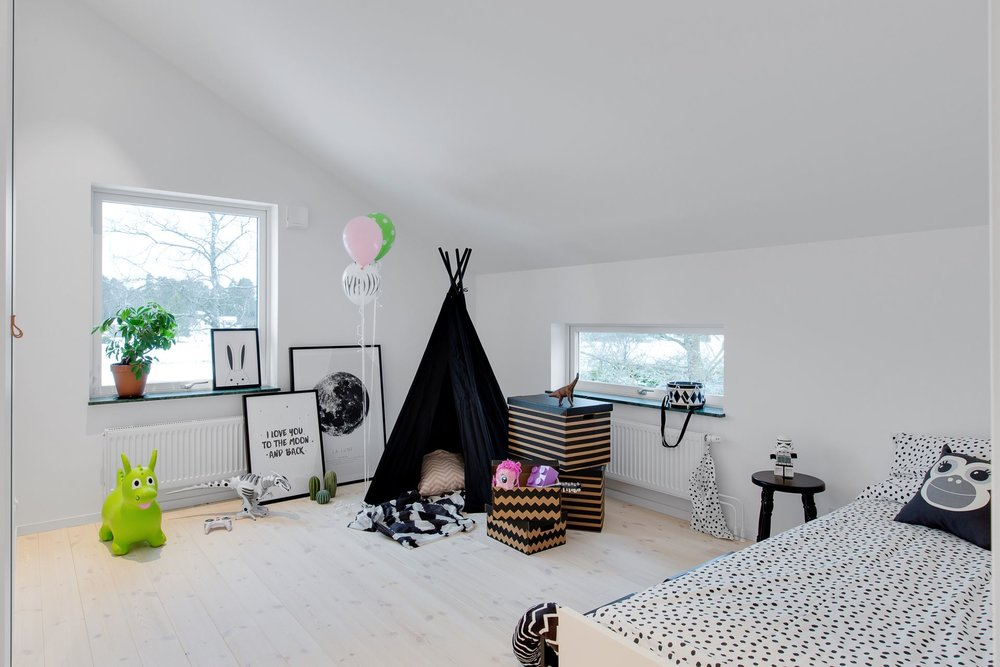 Modern Scandinavian home - kids room.