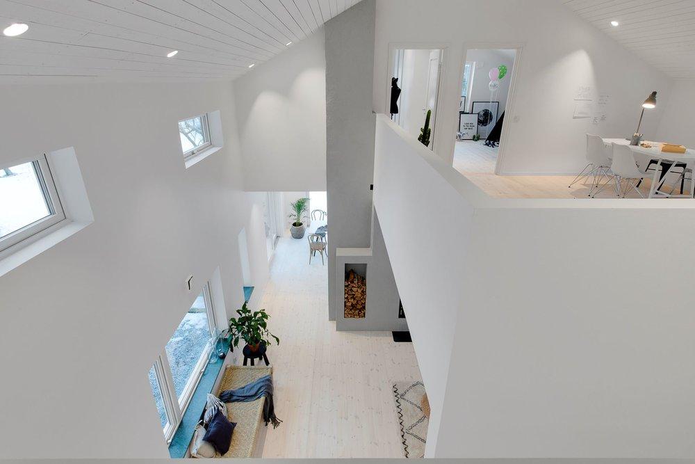 Modern Scandinavian home - indoor balcony.