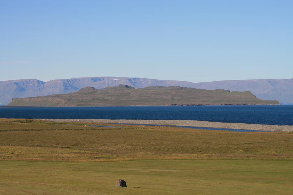 Þórðarhöfði-cliff