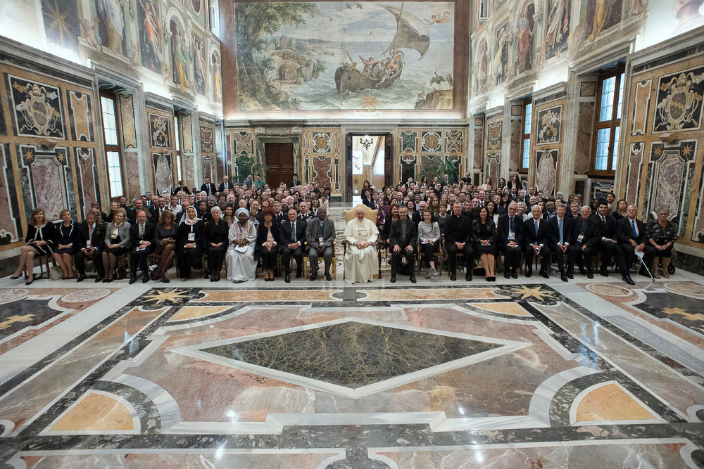 Pope Francis and the Child Dignity in the World Congress.jpg