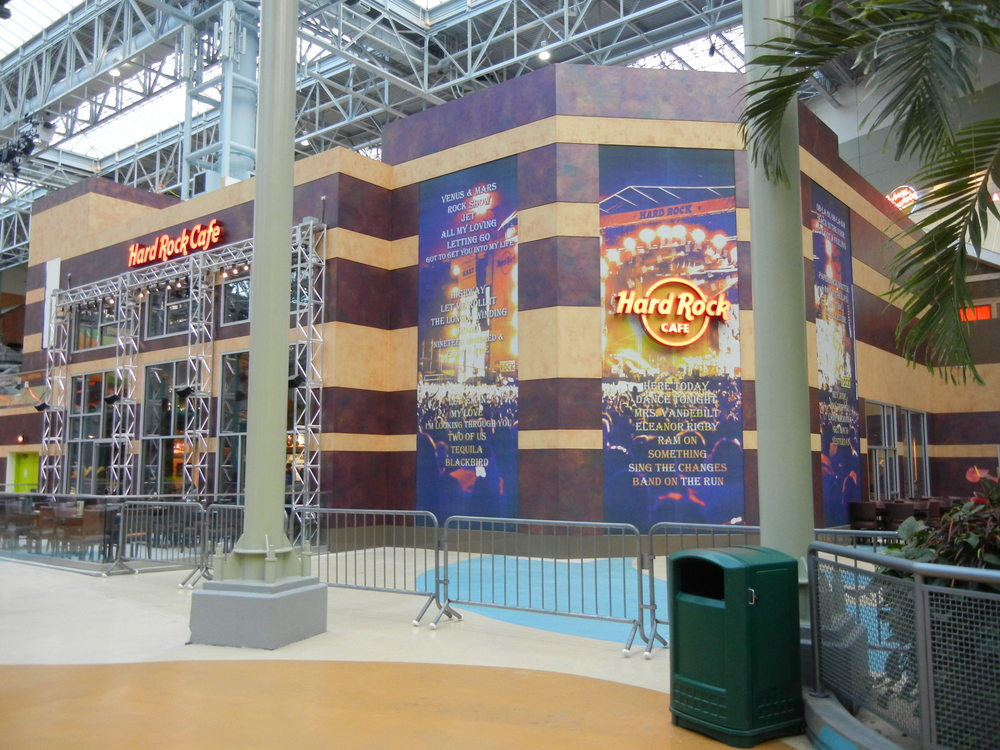 Hard Rock Cafe    Mall of America   ©2016 PMDI Signs