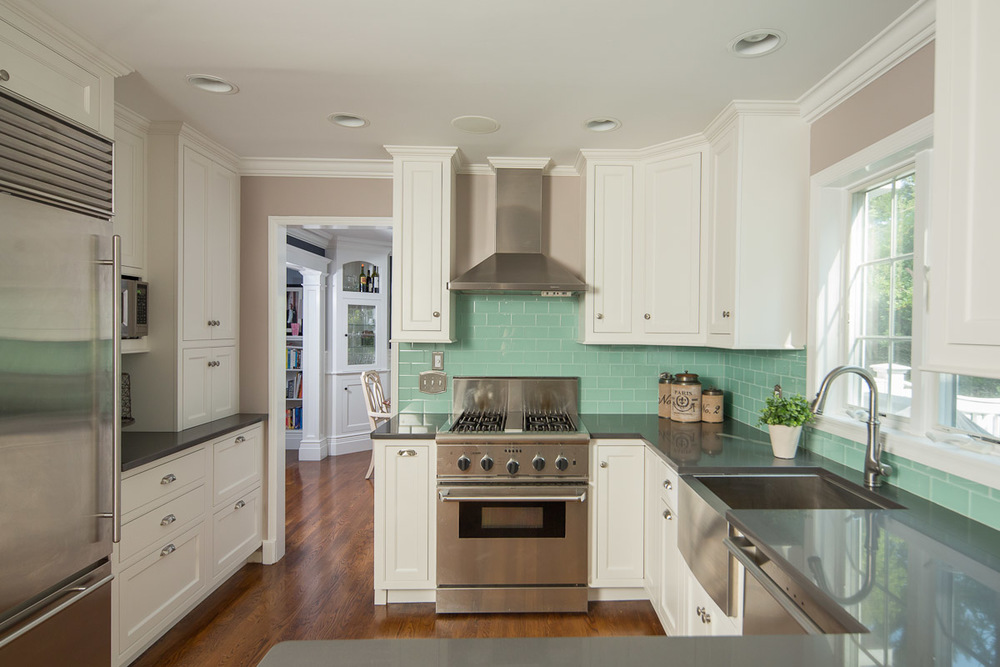 Tall White Cabinets to Ceiling - Turquoise Backsplash