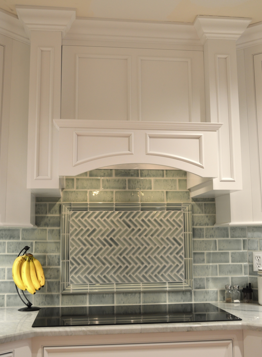 White Arched Cabinet Hood
