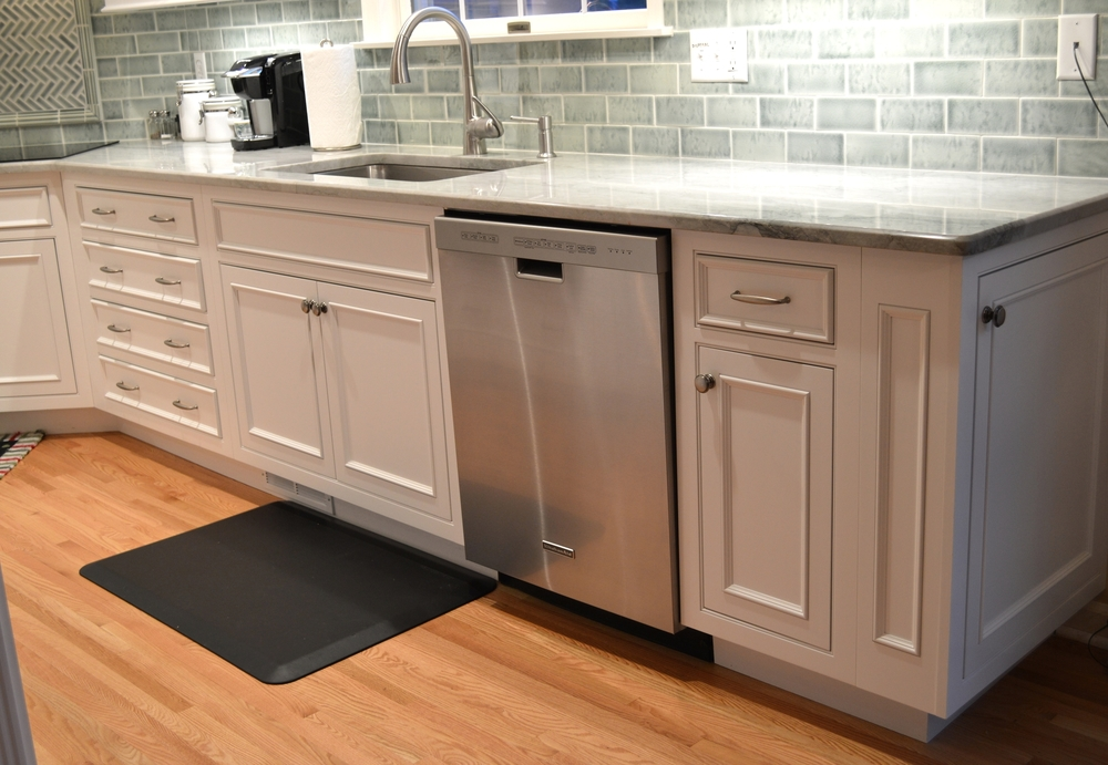White And Stainless Traditional Cabinets