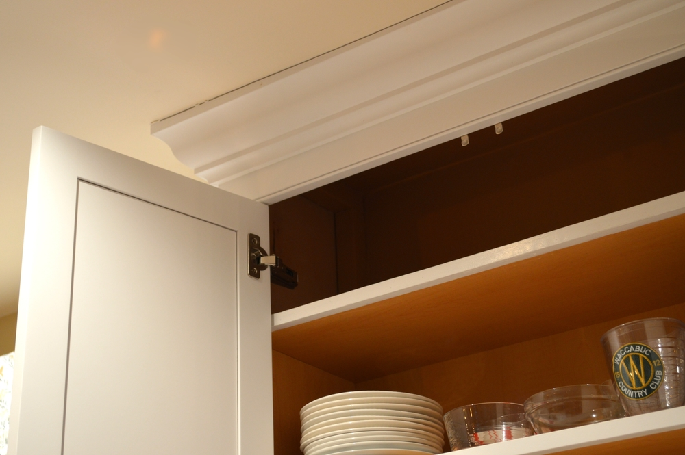 Kitchen Wall Cabinets at Ceiling Height