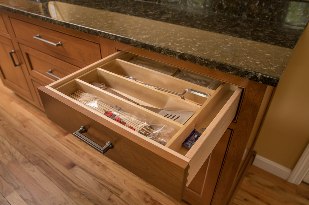 Kitchen drawer silverware wood organizer