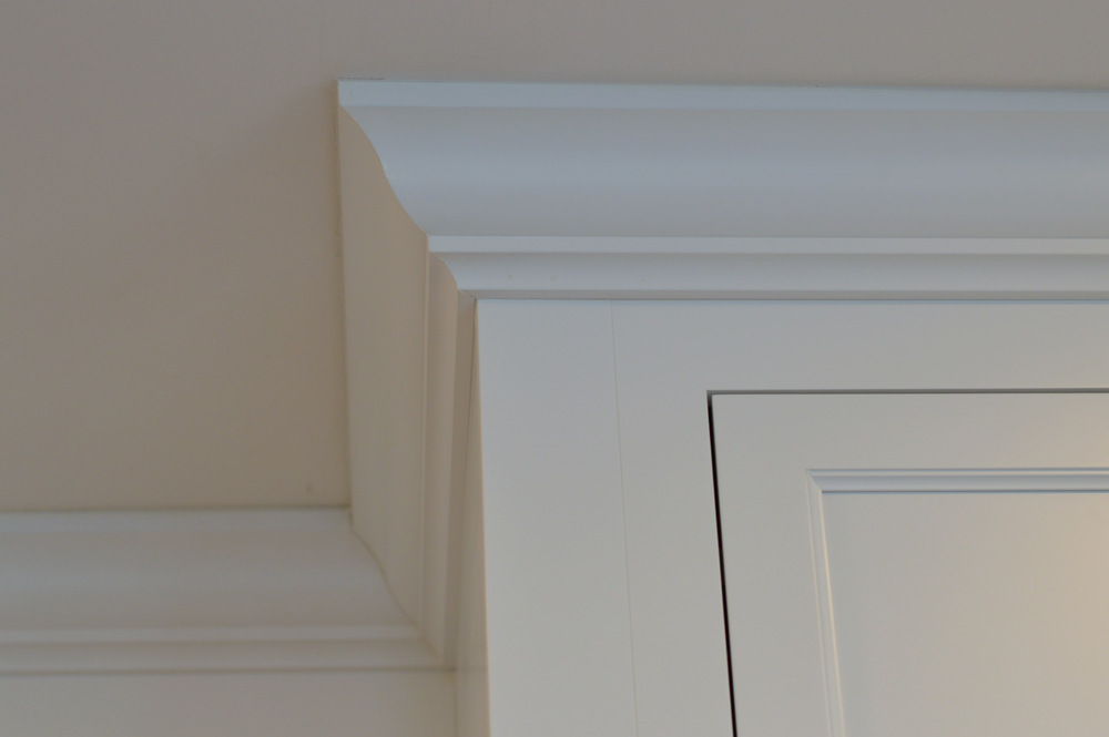 Large White Kitchen Cabinet Crown Molding