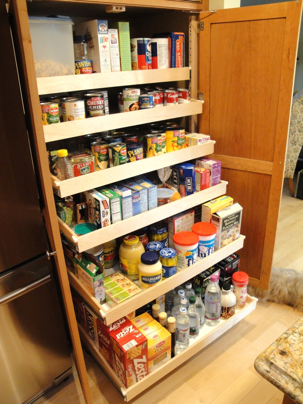 Kitchen pantry pull-out shelves storage