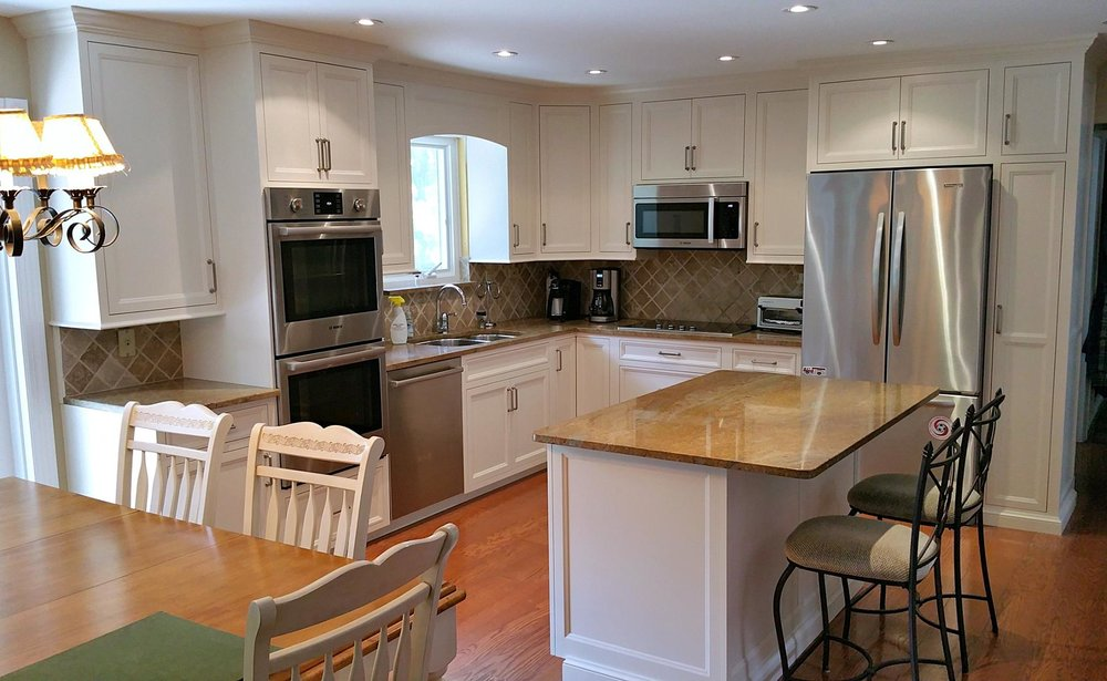Ackley Cabinet - White Custom Kitchen NY.jpg