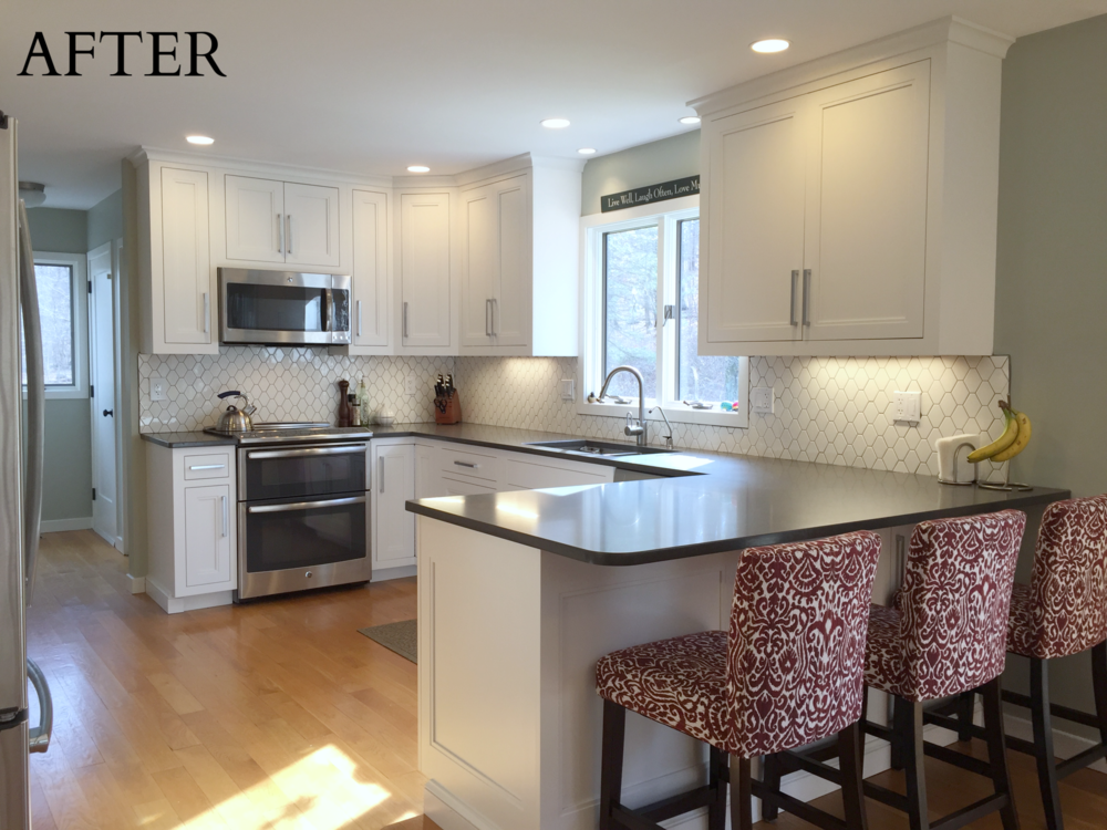 Ackley Cabinet - Ridgefield White Custom Kitchen