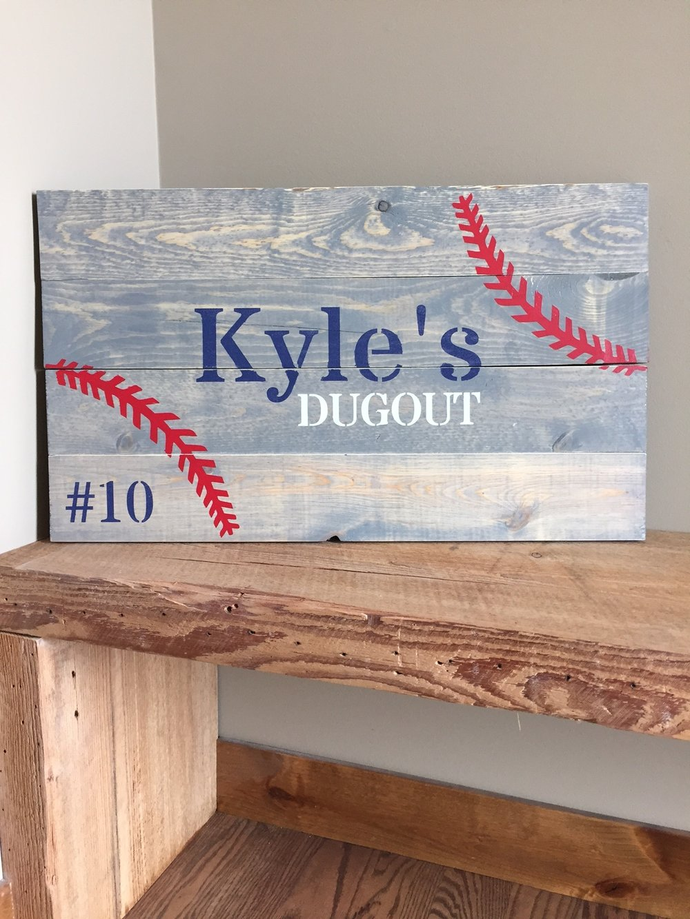 Dugout (EASY)