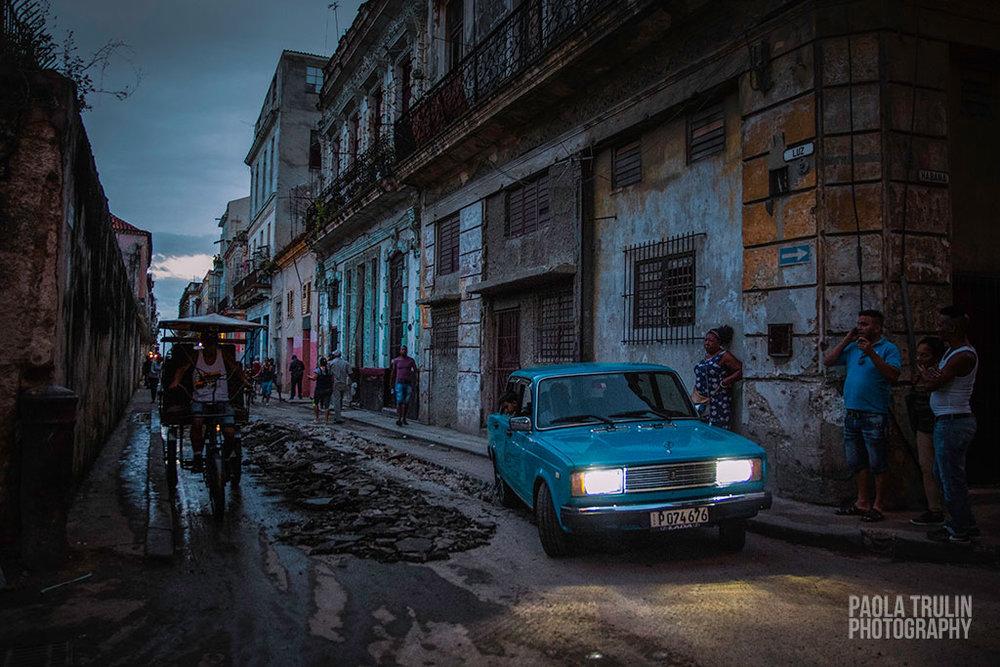 CALLE_CUBA_CARRO.jpg