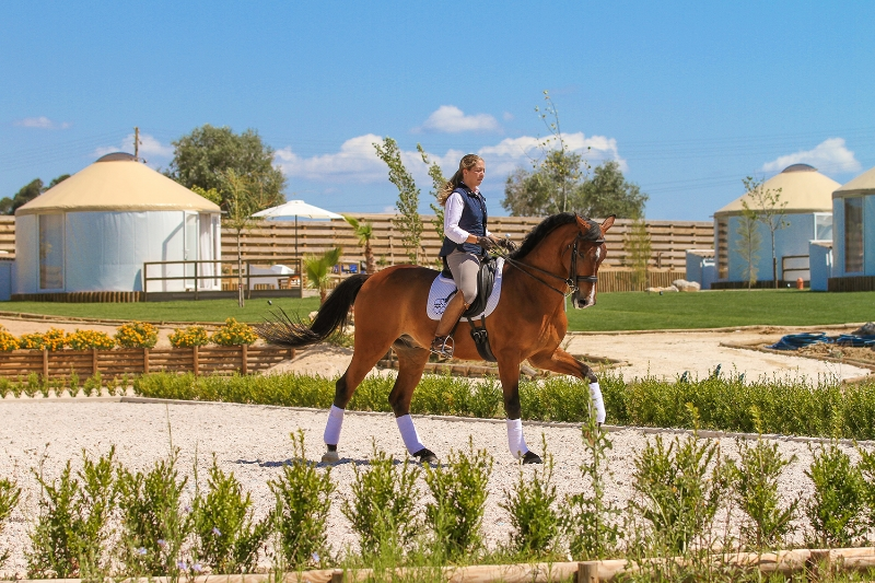 Morgane Giordimaina horse rider