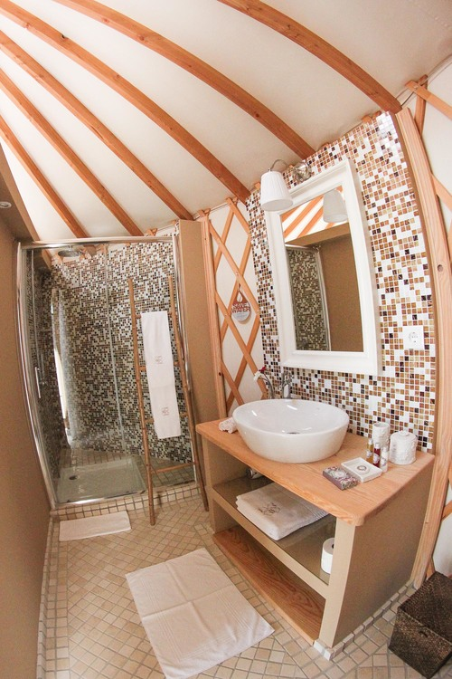 Bathroom in the yurt