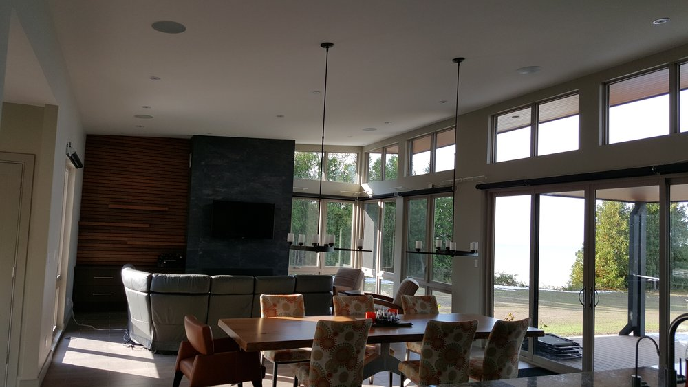 Open Concept Livingroom