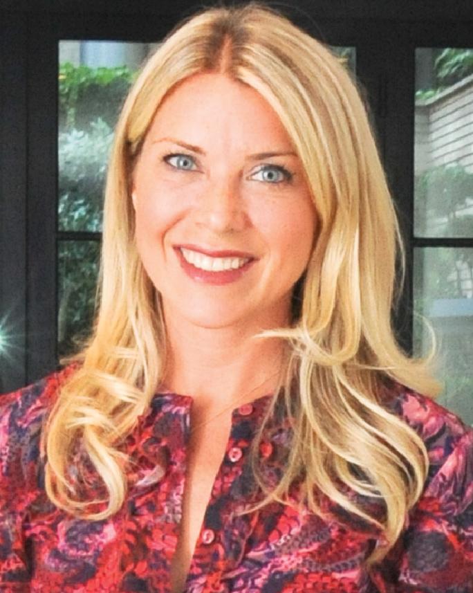 Tori Mellott, Moderator