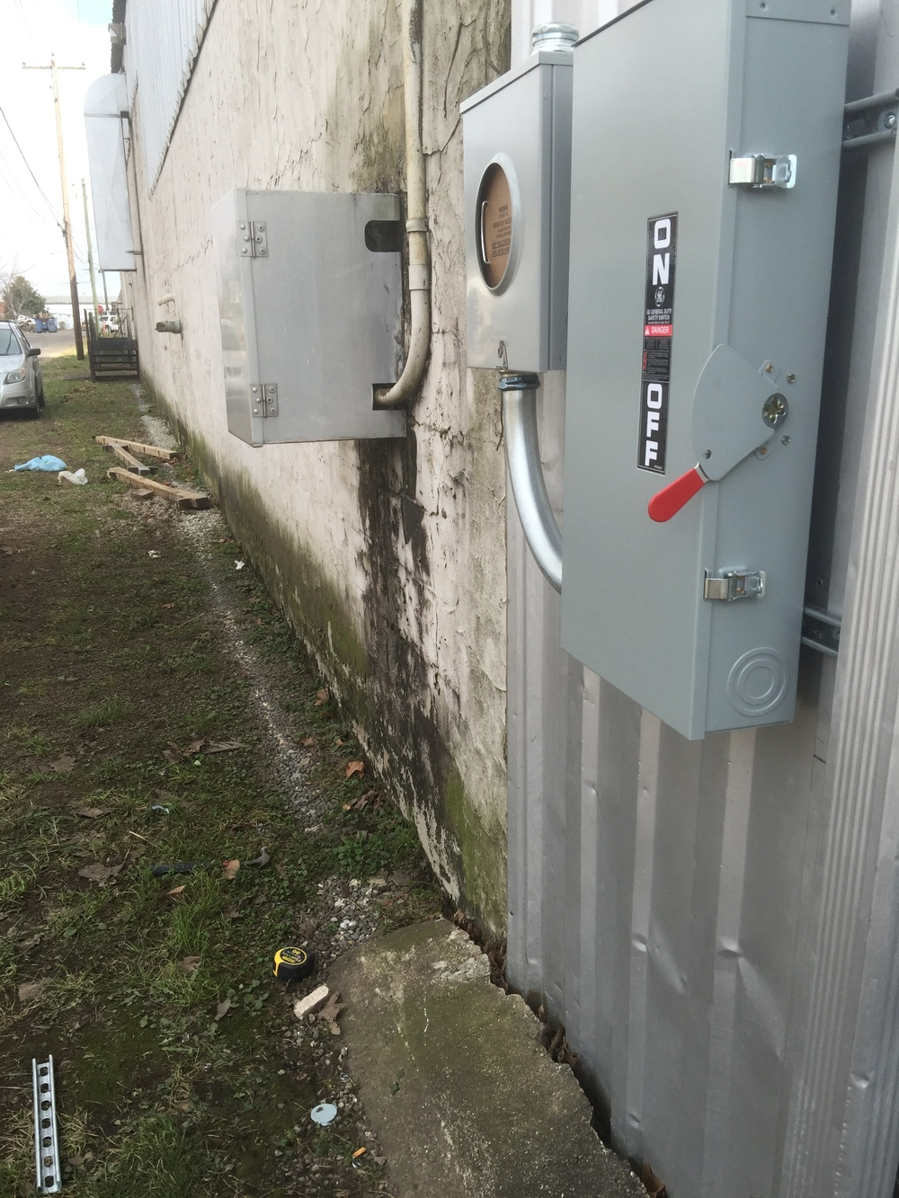 It was very cold. 29 degrees while installing this meter and panel.