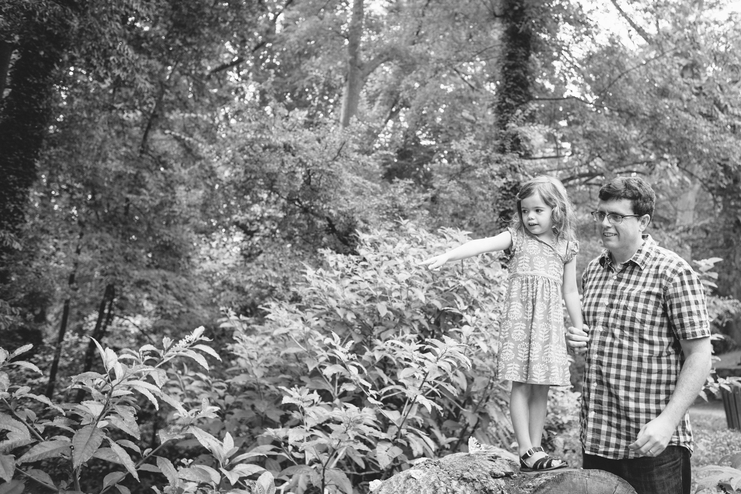 monkey and squirrel atlanta family photographer