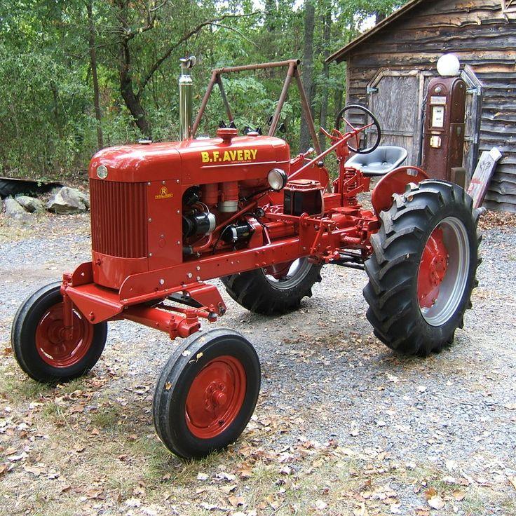 3e77bf6ab4de6e8fac07d941875ea29b--antique-tractors-vintage-tractors.jpg
