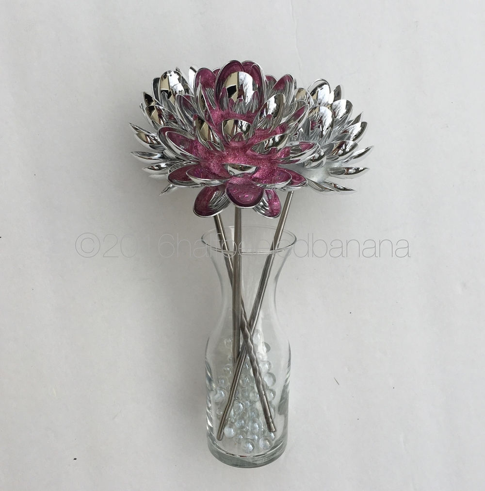 "4"" silver spoon tabletop flowers - pink, silver, black"