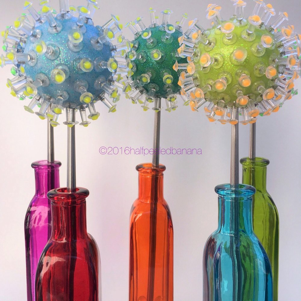 """pin up! a line up of tabletop flowers 3""""pin style"""