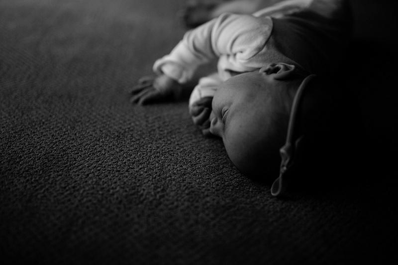 ludington-michigan-maternity-photographer-west-michigan-sand-dunes-maternity-jennifer_0082.jpg