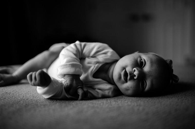 ludington-michigan-maternity-photographer-west-michigan-sand-dunes-maternity-jennifer_0084.jpg