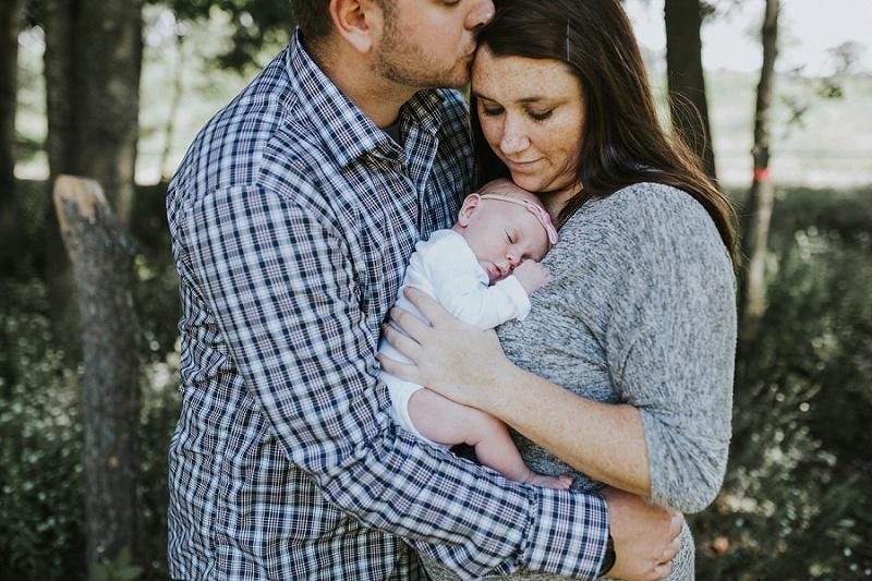 ludington-michigan-maternity-photographer-west-michigan-sand-dunes-maternity-jennifer_0089.jpg