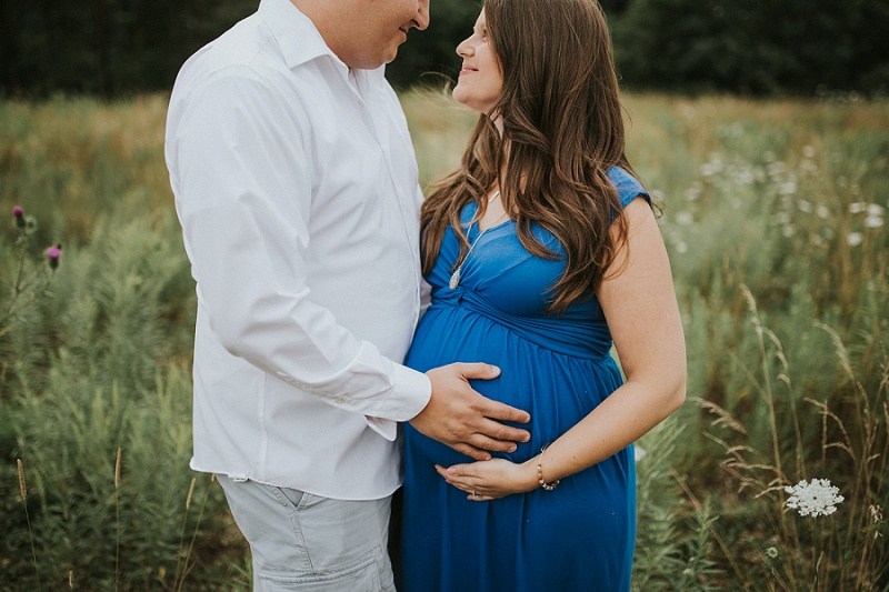 ludington-michigan-maternity-photographer-west-michigan-sand-dunes-maternity-jennifer_0117.jpg