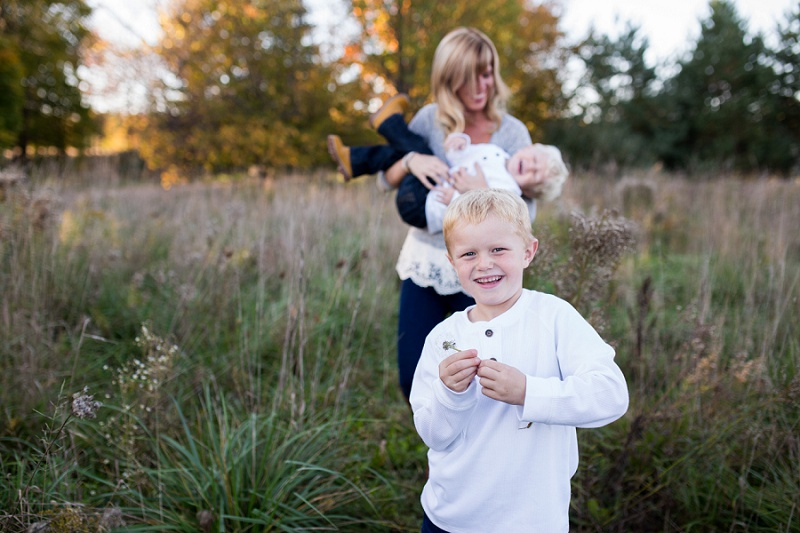 michigan-lifestyle-photographer-ludington-michigan-family-session-with-andrea-and-jeremy-5262.jpg