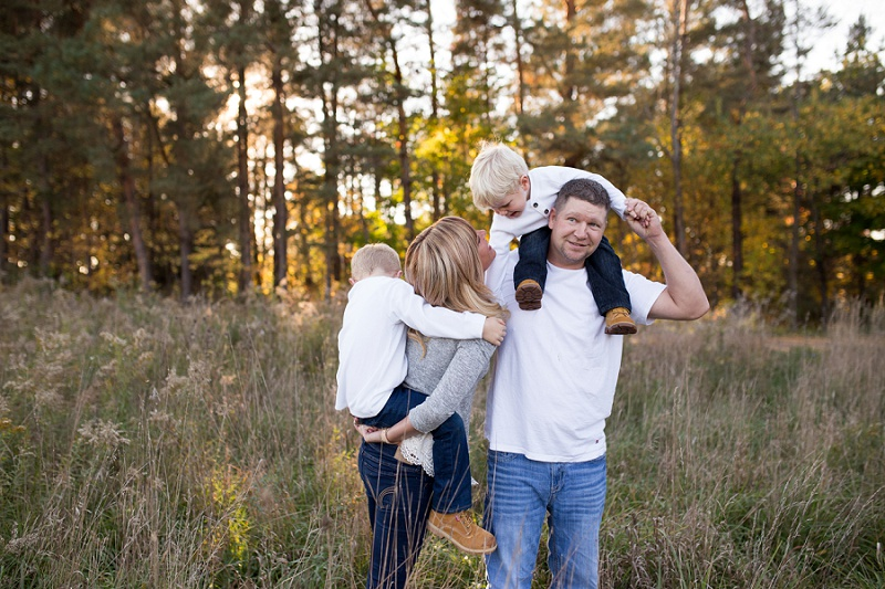 michigan-lifestyle-photographer-ludington-michigan-family-session-with-andrea-and-jeremy-5288.jpg