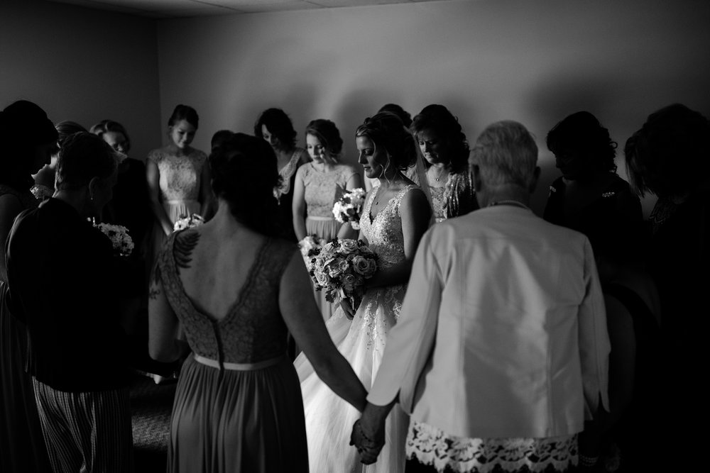 taylor_emily_michigan_wedding_jessica_max_0015.jpg