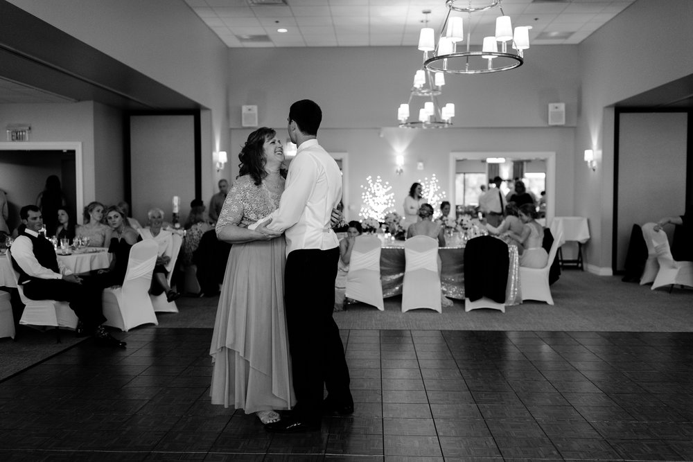 taylor_emily_michigan_wedding_jessica_max_0009.jpg