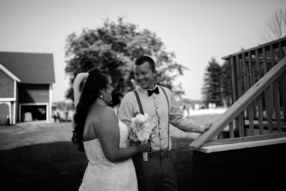 west-michigan-wedding-photographer-ludington-mi-trillium-creek-jaclyn-russ-591.jpg
