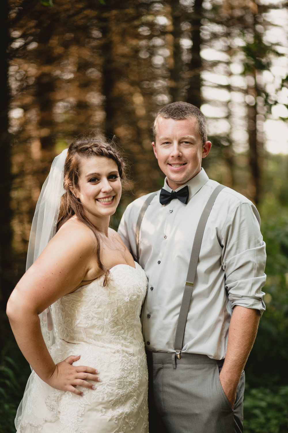 west-michigan-wedding-photographer-ludington-mi-trillium-creek-jaclyn-russ-236.jpg