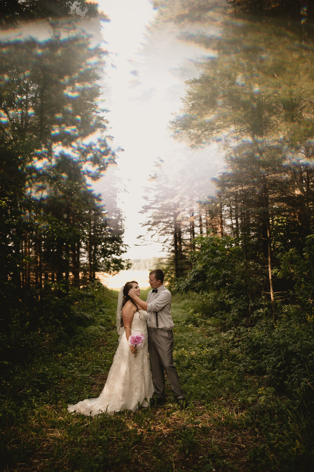 west-michigan-wedding-photographer-ludington-mi-trillium-creek-jaclyn-russ-776.jpg