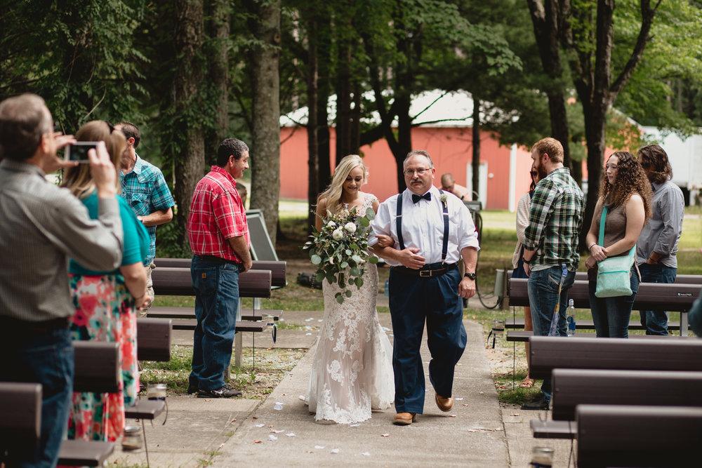 west-michigan-wedding-photographer-whitehall-rachel-austin-chapel-in-the-pines-249.jpg
