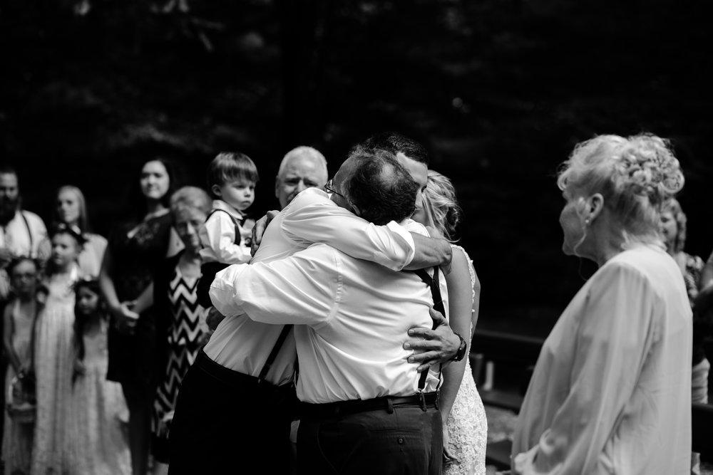 west-michigan-wedding-photographer-whitehall-rachel-austin-chapel-in-the-pines-261.jpg