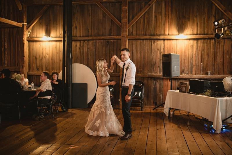 west-michigan-wedding-photographer-whitehall-rachel-austin-chapel-in-the-pines-840.jpg