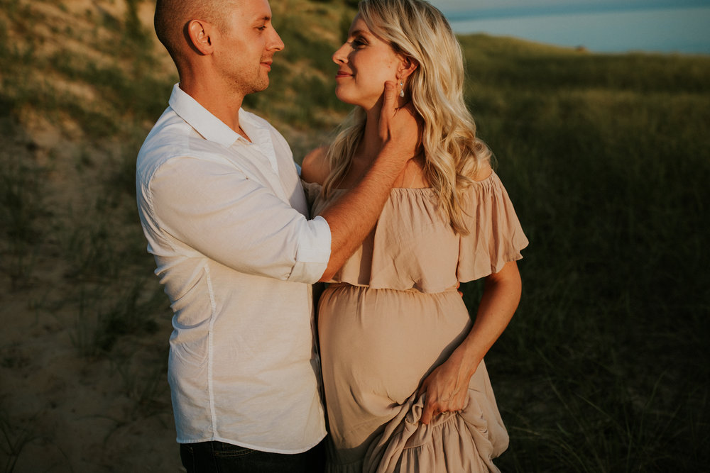 michigan-maternity-photographer-muskegon-maternity-session-elizabeth-093.jpg
