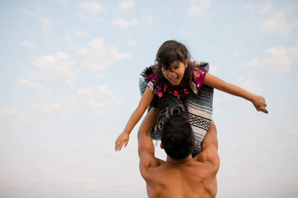 michigan-storytelling-photographer-esch-road-beach-empire-mi-santellano-family-204.jpg