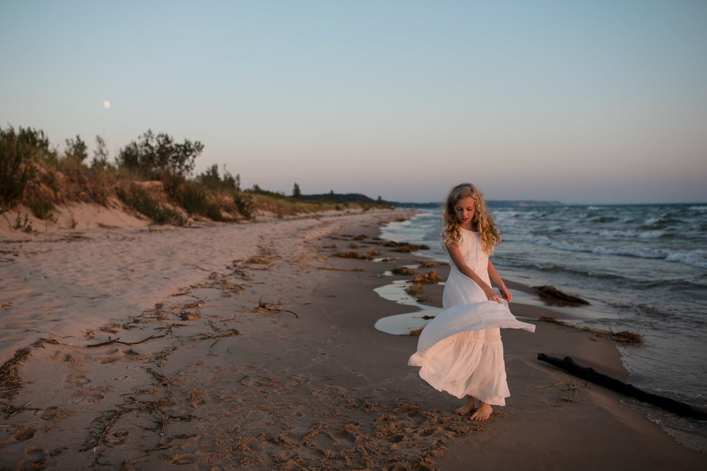 michigan-storytelling-photographer-ludington-mi-state-park-andrews-family-sunset-session-255.jpg
