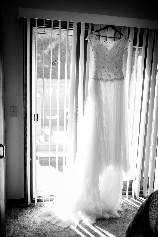 ludington-michigan-intimate-backyard-wedding-jessica-nolan30.jpg