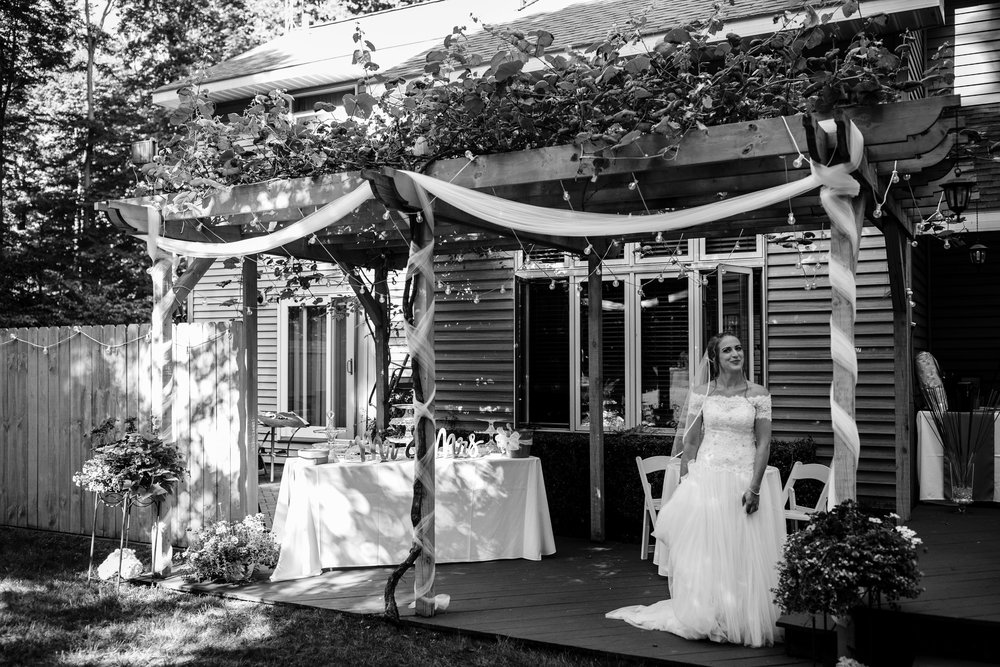 ludington-michigan-intimate-backyard-wedding-jessica-nolan171.jpg