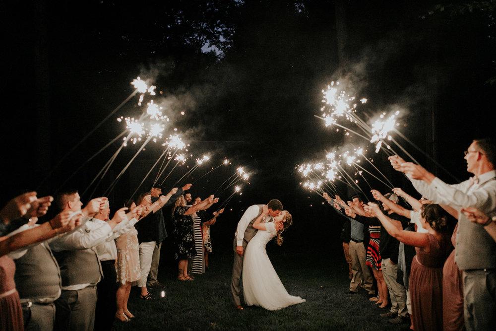 ludington-michigan-intimate-backyard-wedding-jessica-nolan523.jpg